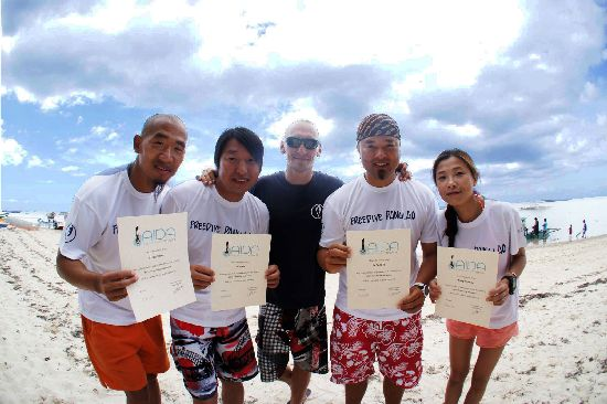 Stefan with Jojo, Zuodao, Polly and record holder Sendoh, some of the first Chinese Instructors back in 2014.