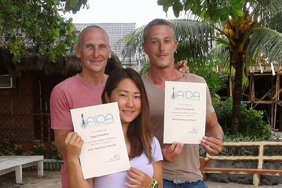 Stefan with two of his instructor students: Daniel Arrowsmith and world record holder Sayuri Kinoshita.
